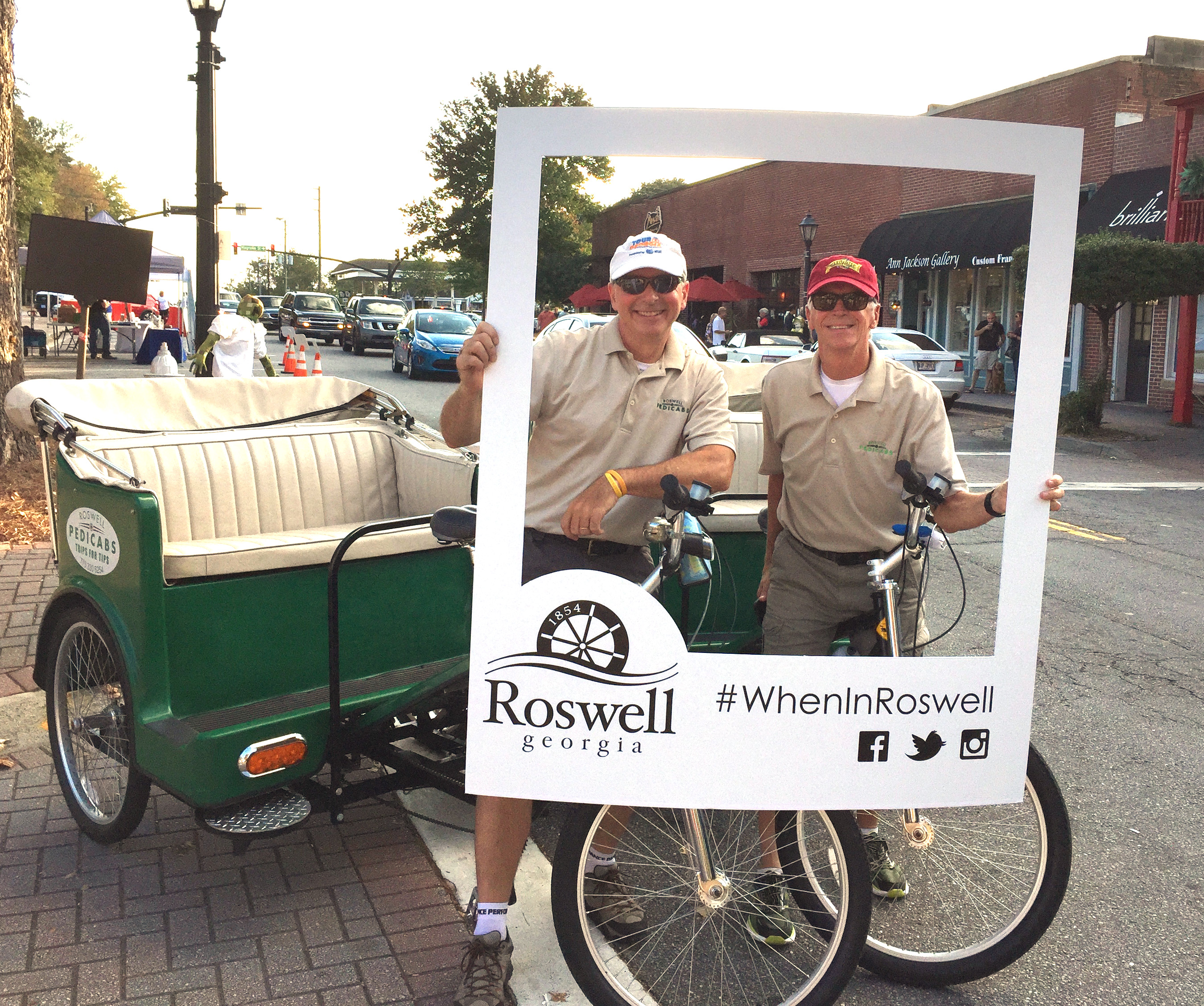 Roswell Pedicabs-Alive in Roswell